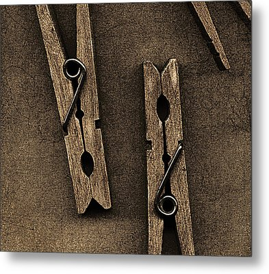 Three Clothes Pins Metal Print by Bob RL Evans