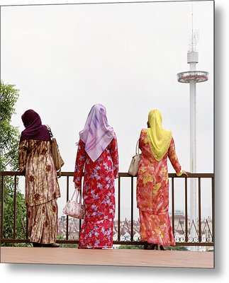 Three Muslim Women Metal Print by Shaun Higson