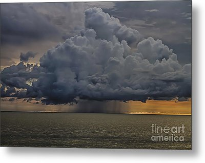 Thunder Storm Cloud Over The Gulf Of Mexico Metal Print by Robert Wirth