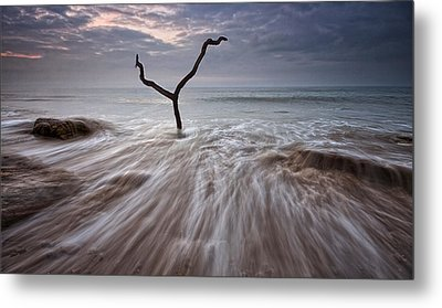 Tidal Rush Metal Print by Mark Leader