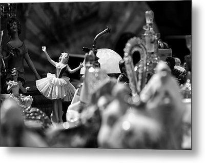 Tiny Dancer Metal Print by Marco Oliveira