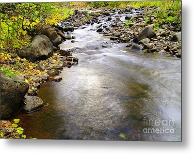 Tiny Rapids At The Bend  Metal Print by Jeff Swan
