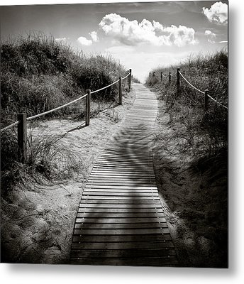 To The Beach Metal Print by Dave Bowman