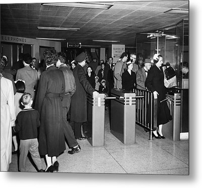 Toronto Subway Station Metal Print by Underwood Archives