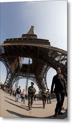 Tour Eiffel 3 Metal Print by Art Ferrier