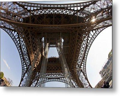 Tour Eiffel 4 Metal Print by Art Ferrier