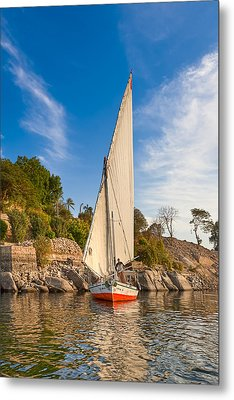 Traditional Egyptian Sailboat On The Nile Metal Print by Mark E Tisdale