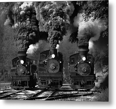 Train Race In Bw Metal Print by Chuck Gordon