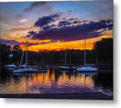 Metal Print featuring the photograph Tranquil Waters by Glenn Feron