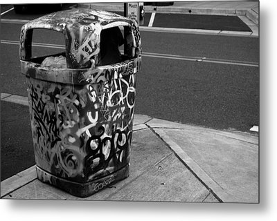 Trashcan Art Metal Print