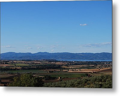Trasimeno Viewpoint Metal Print by Dorothy Berry-Lound