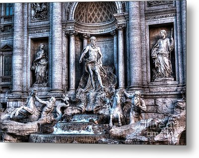 Metal Print featuring the photograph Trevi Fountain by Joe  Ng