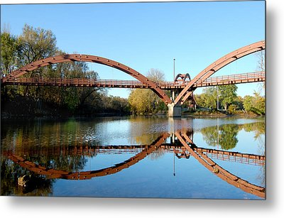 Metal Print featuring the photograph Tridge by Michael Donahue