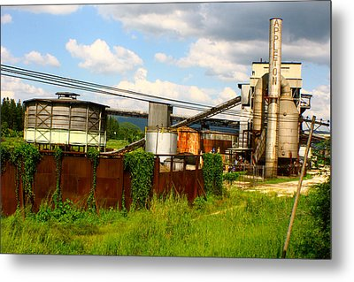 Metal Print featuring the photograph Tropical Distillery by Jon Emery