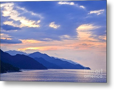 Tropical Mexican Coast At Sunset Metal Print