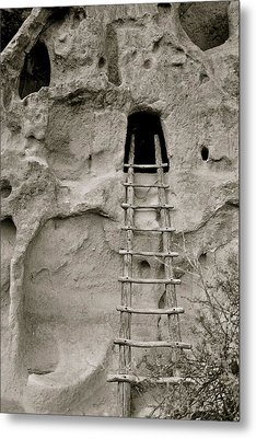 Tuff Cave Metal Print by Kim Pippinger