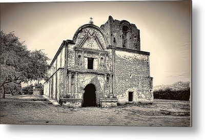 Metal Print featuring the photograph Tumacacori  Mission ... by Chuck Caramella