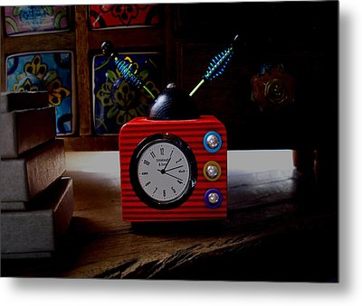 Tv Clock Metal Print by David Pantuso