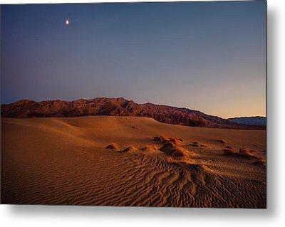 Twilight At The Dunes  Metal Print by Gene Garnace