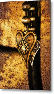 Two Hearts Together Metal Print by Randi Grace Nilsberg