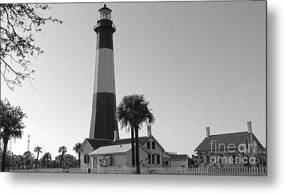 Tybee Lighthouse 1 Metal Print by D Wallace