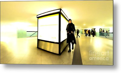 U-bahn Metal Print by Phil Robinson