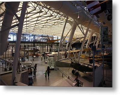 Udvar-hazy Center - Smithsonian National Air And Space Museum Annex - 121250 Metal Print by DC Photographer