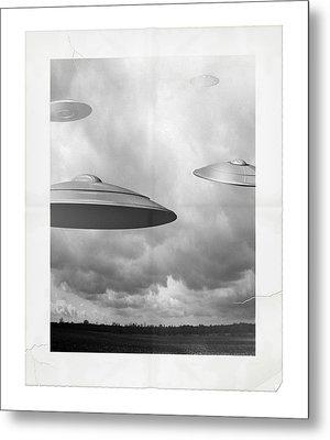 Ufo Sighting Metal Print by James Larkin