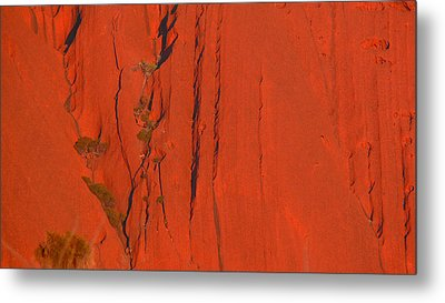 Metal Print featuring the photograph Uluru 3 by Evelyn Tambour