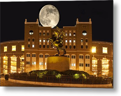 Unconquered Doak Campbell Full Moon Metal Print by Frank Feliciano