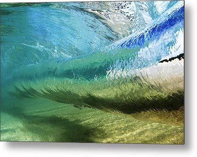 Underwater Wave Curl Metal Print