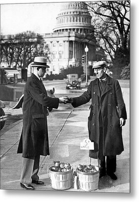 Unemployed Man Sells Apples Metal Print by Underwood Archives