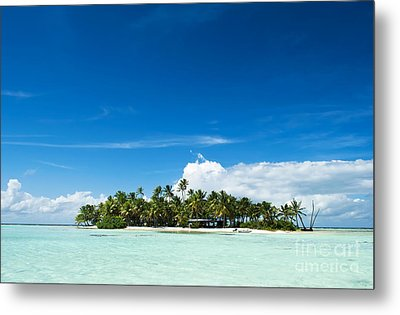 Uninhabited Island In The Pacific Metal Print by IPics Photography