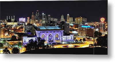 Union Station In Purple Metal Print