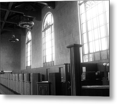 Union Station Ticketing Room Metal Print by Karyn Robinson