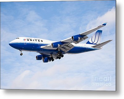 United Airlines Boeing 747 Airplane Landing Metal Print