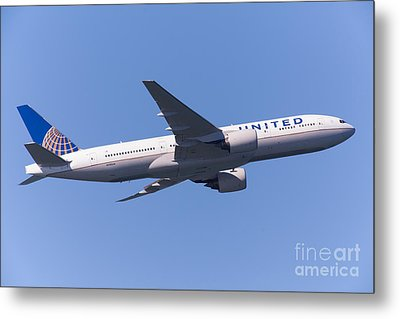 United Airlines Jet 5d29540 Metal Print by Wingsdomain Art and Photography