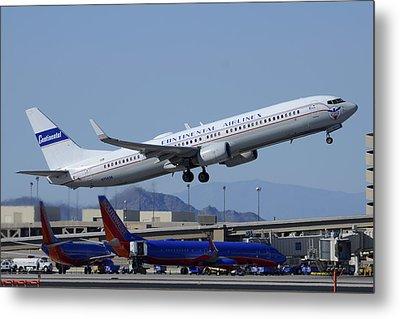 United Boeing 737-924 N75436 Continental Retro Taking Off Phoenix Sky Harbor March 6 2015 Metal Print by Brian Lockett