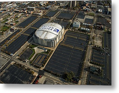 United Center Chicago Sports 10 Metal Print by Thomas Woolworth