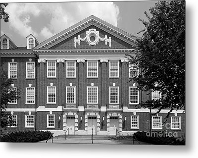 University Of Delaware Wolf Hall Metal Print by University Icons