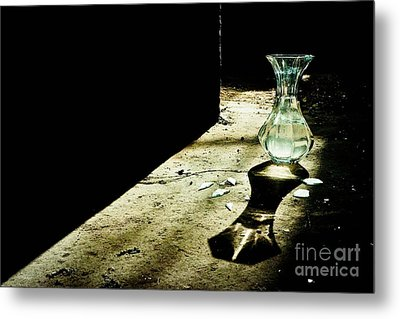 Until You're Ready To Break Metal Print by KooHoo Photo
