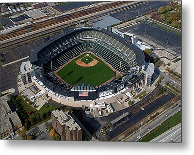 Us Cellular Field Chicago Sports 08 Metal Print by Thomas Woolworth