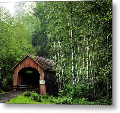Usa, Oregon Covered Bridge Over North Metal Print