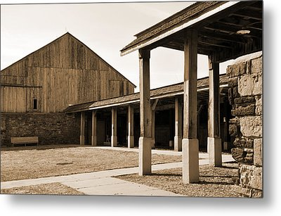 Metal Print featuring the photograph Vacant by Kirt Tisdale