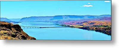 Vantage Bridge Over The Columbia River Metal Print