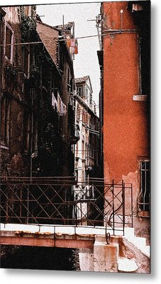 Metal Print featuring the photograph A Chapter In Venice by Ira Shander