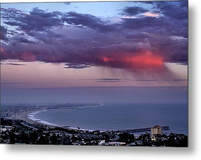 Metal Print featuring the photograph Ventura Beach by Michael Gordon