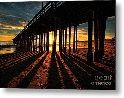 Ventura Pier At Sunset Metal Print