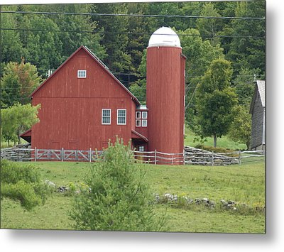 Vermont Farm Metal Print by Catherine Gagne