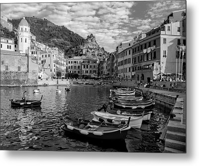 Vernazza Harbor Metal Print